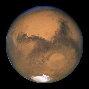 Mars photographed by the Hubble space telescope (© NASA, J. Bell and M. Wolff).